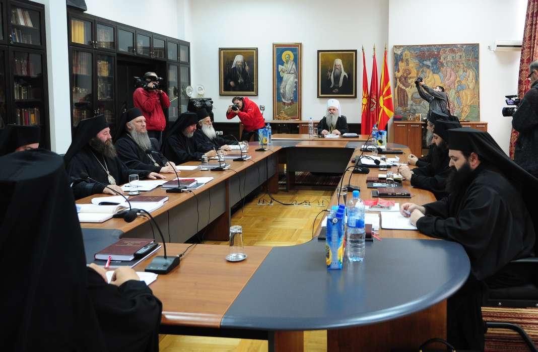 Синодот на МПЦ-ОА одлучува дали ќе има став за Референдумот?