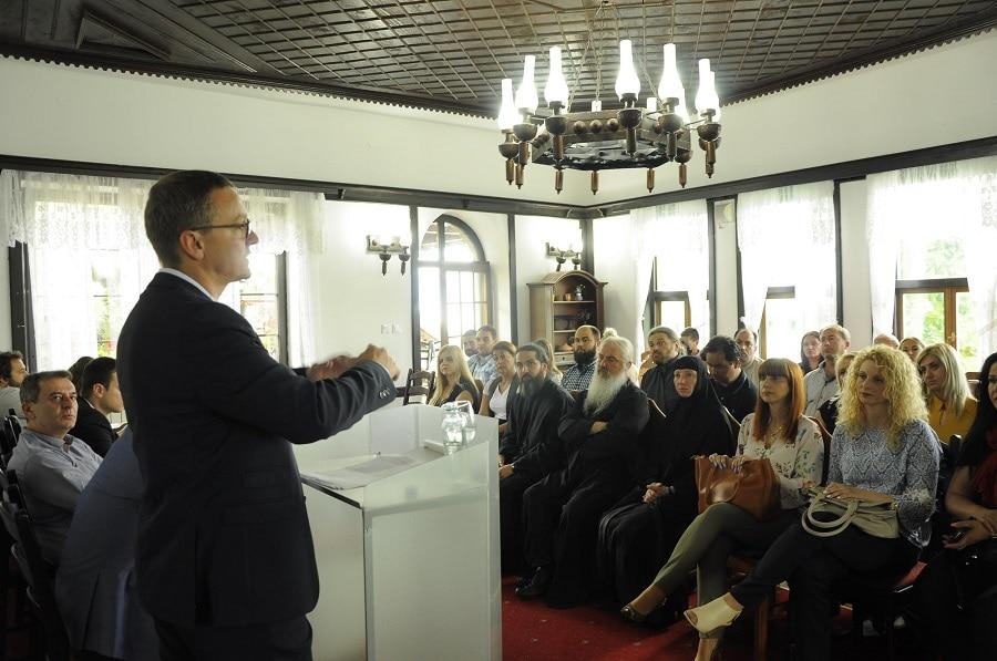 Византиското православно наследство наспроти европските искуства