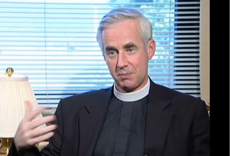"""""""Опус деи"""" плати милион долари отштета поради свештеникот сексуален  напаѓач"""