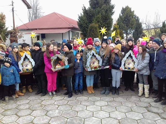 Бадникови поворки и во Бравеница