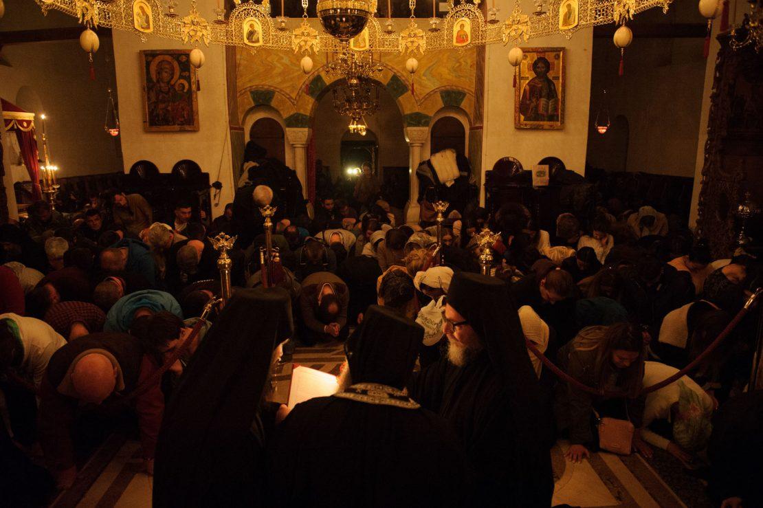 Во Бигорски манастир за Прочка над 1.500 верници