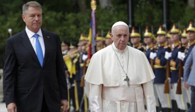 Папата во Романија ќе го зајакне дијалогот со православните христијани