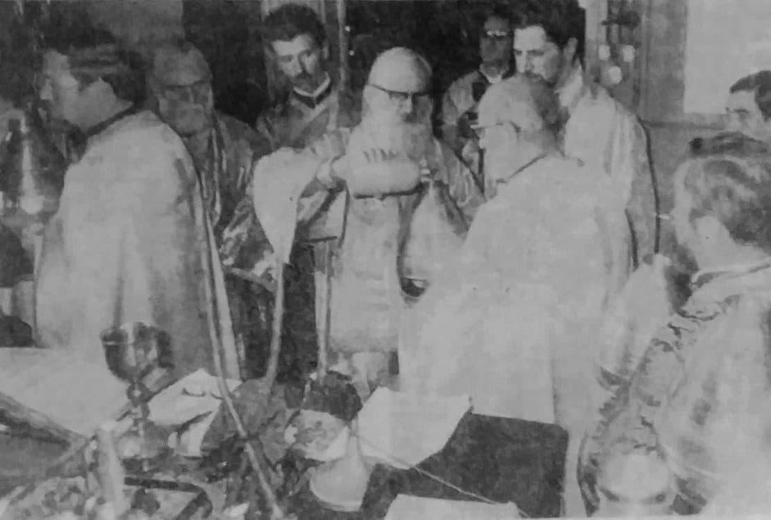 Кога варењето и осветувањето на Светото Миро е духовен развој на црквата?