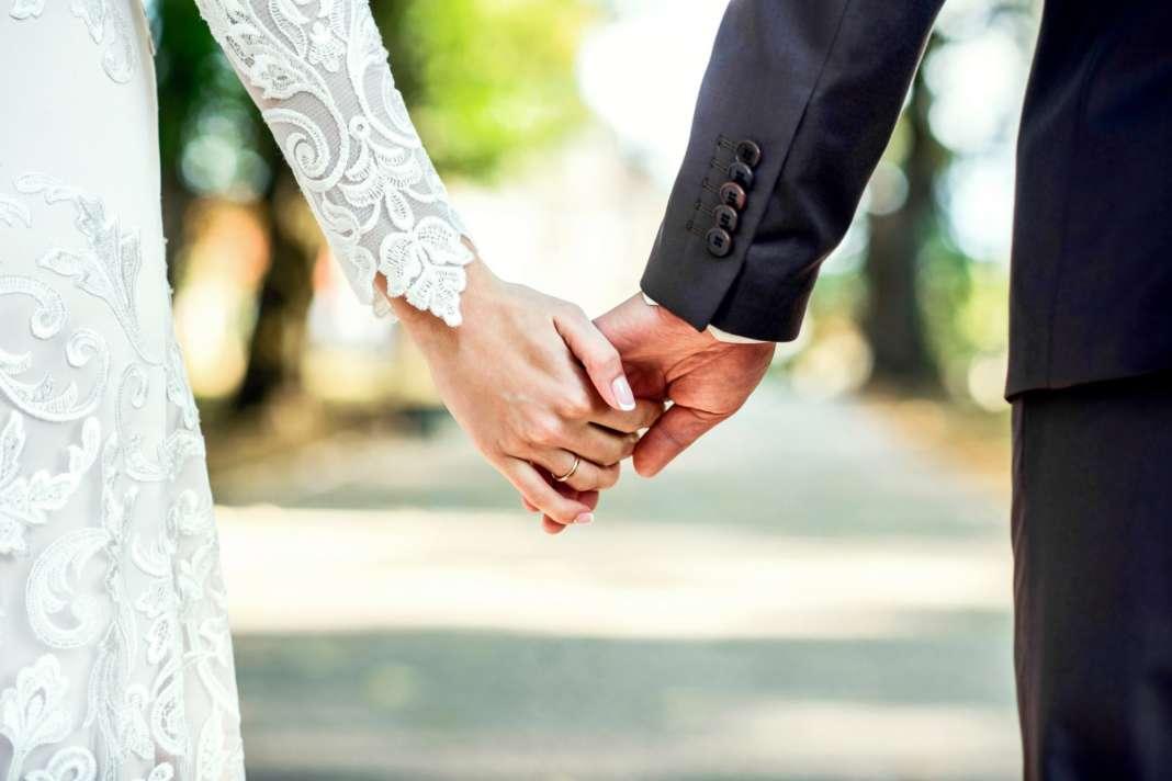Расте бројот на македонски бракови во странство