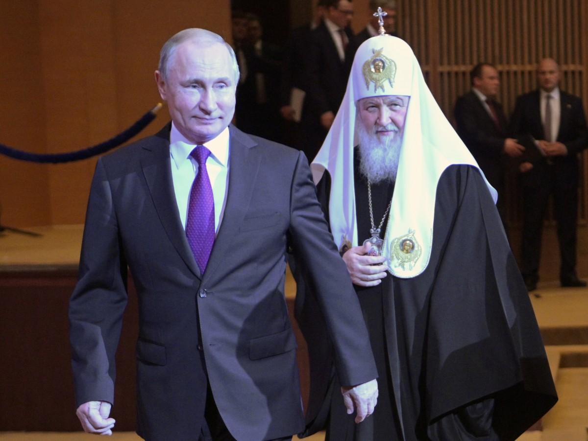 Свештеници на Руската црква се кренаа против Путин