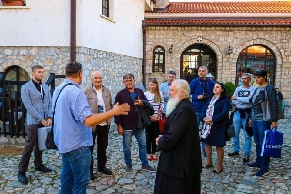 Новинари од Бугарија во посета на Бигорски и на Свети Наум
