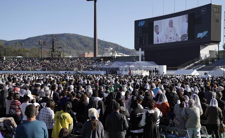 Франциск од Нагасаки побара од светските лидери забрана за нуклеарното оружје