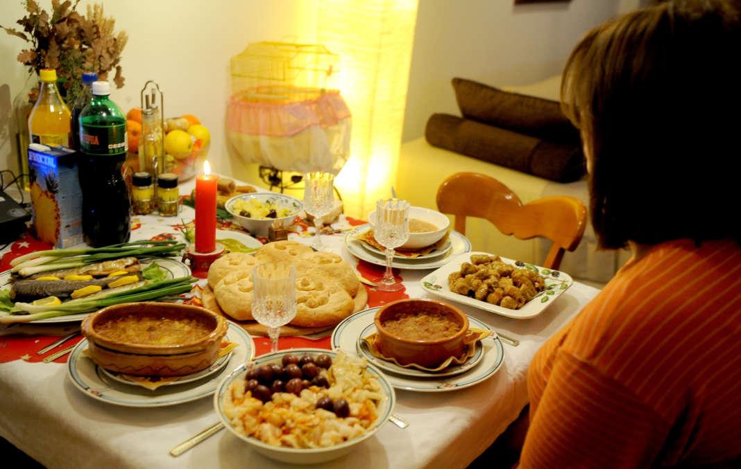 Домашните слави ја одржуваат македонската традиција