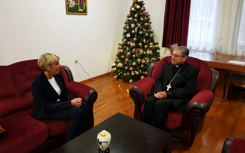Бискупот Стојанов ја прими новата хрватска амбасадорка во Македонија