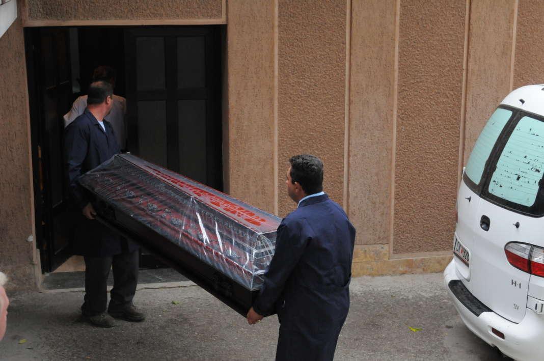 Сменет и протоколот за погребување