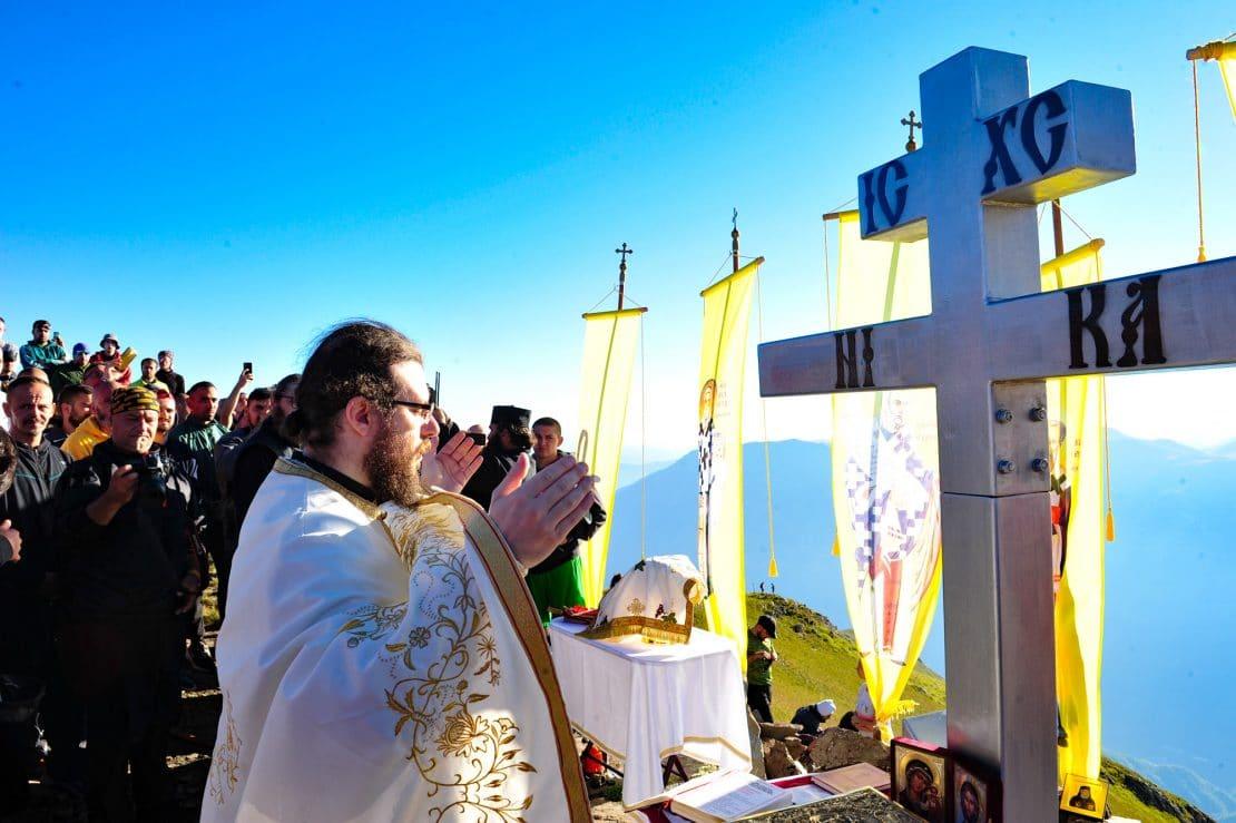 Илјада поклоници на литургијата на Крчин за 1000-годишнината на Бигорски