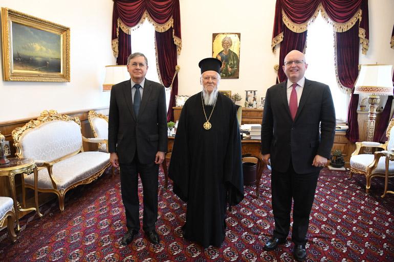Екс американскиот амбасадор во Македонија, Филип Рикер на средба со Вартоломеј