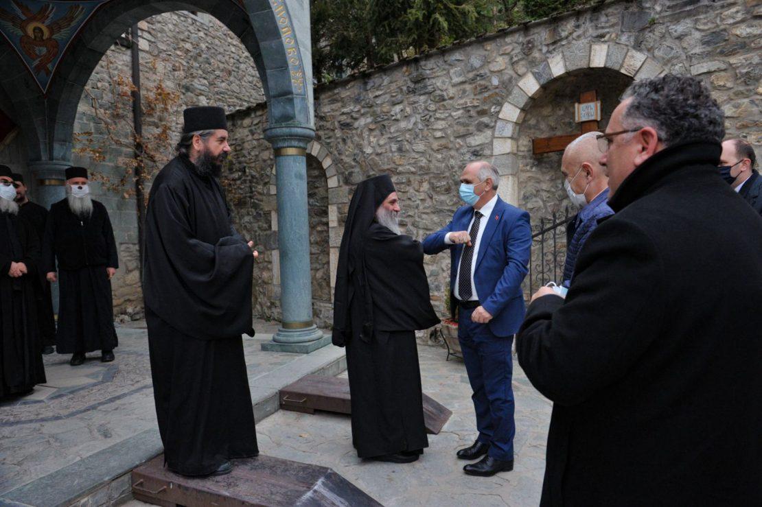 Илир Мета во посета на Бигорски – бескрајно благодарен за пречекот
