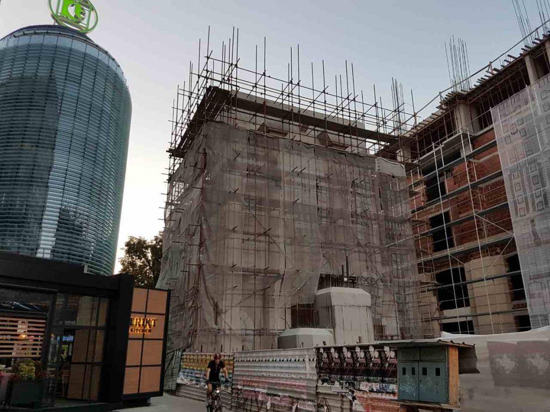 Ватикан бара да се догради споменикот на Мајка Тереза на плоштадот