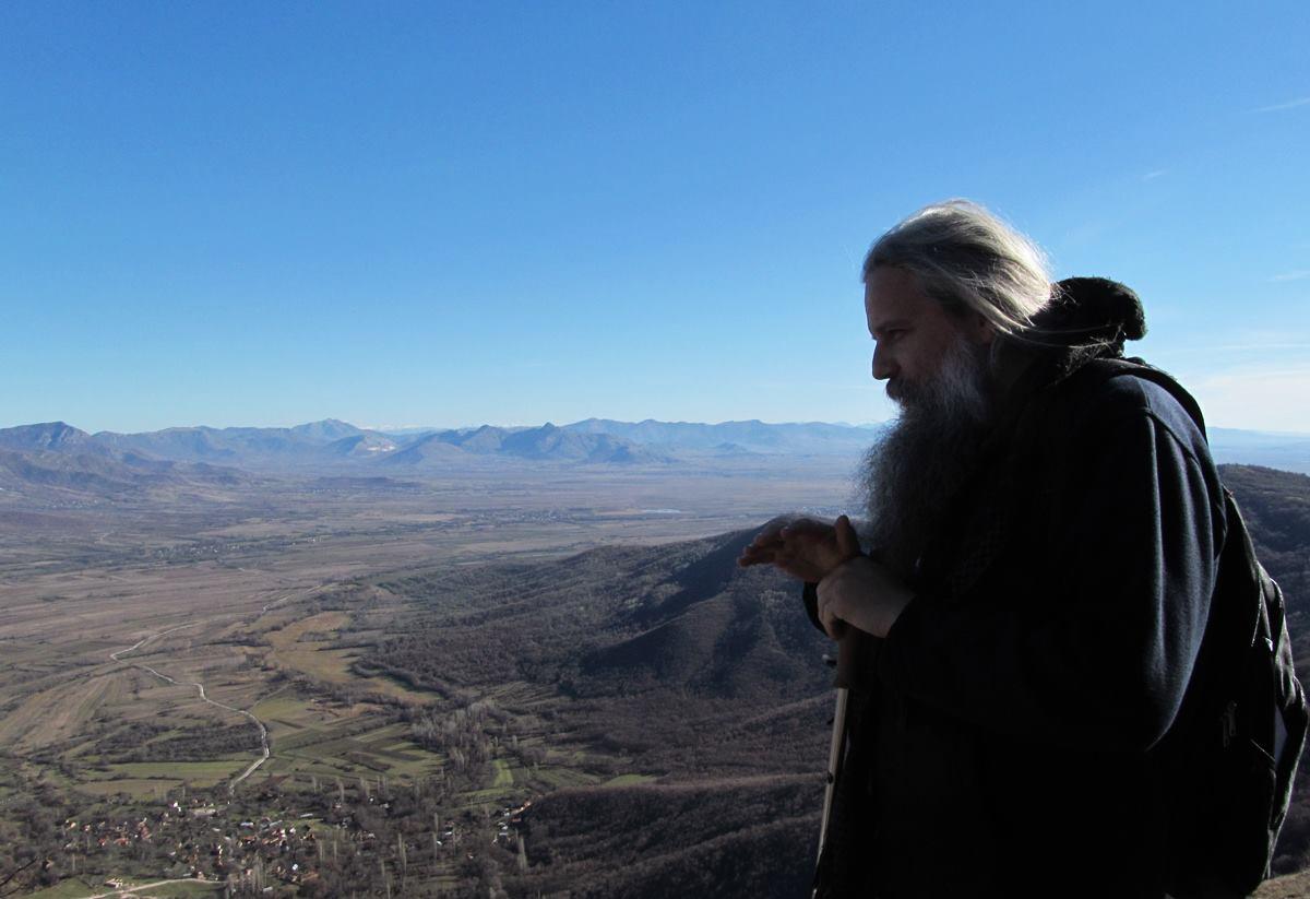 Игуменот, Епископ двигател на монашкиот дух
