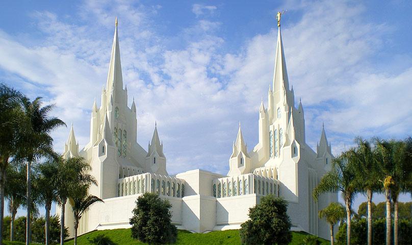 Храмот Сан Диего во Калифорнија, Црквата на Исус Христос- Судниот ден – (Изграден е во 1993, а градбата почнала 1984 година)