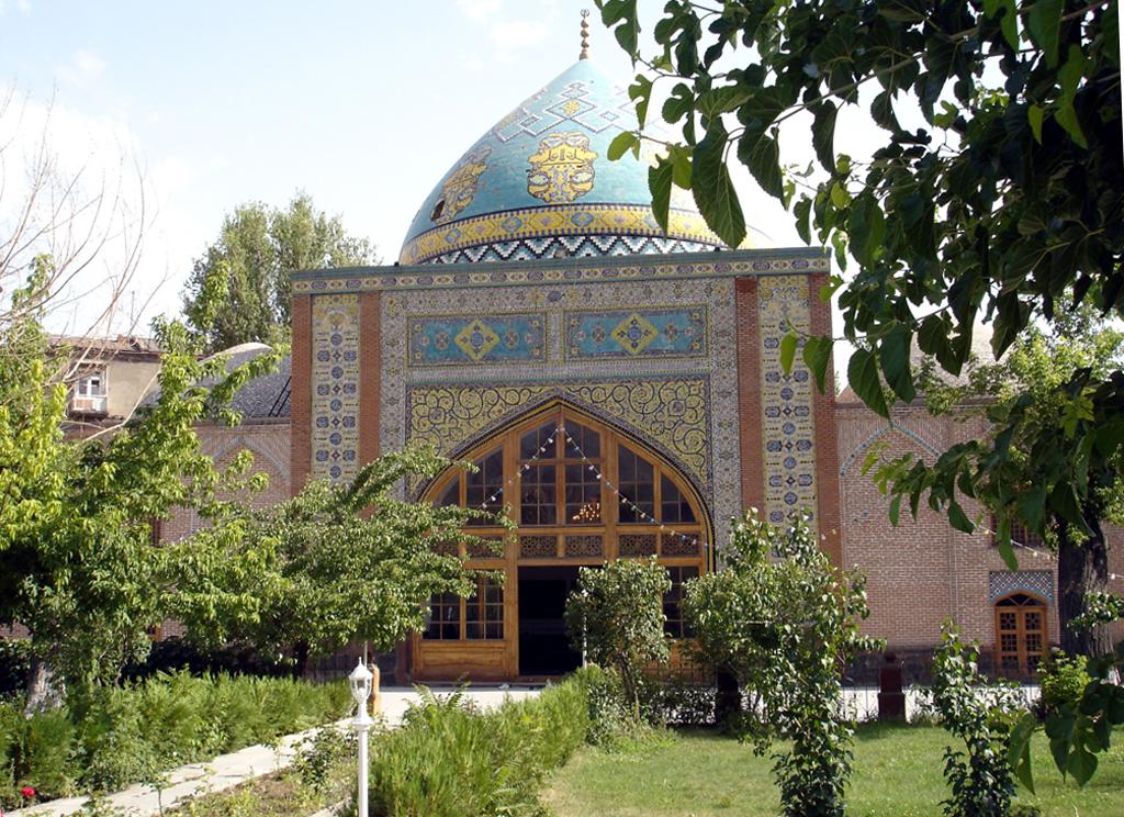 Сината Џамија, Ереван, Ерменија – Мислимански храм (Изградена 1766 година)