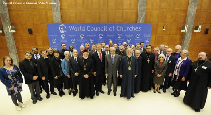 Политиката ја бара религијата на помош за бегалската криза