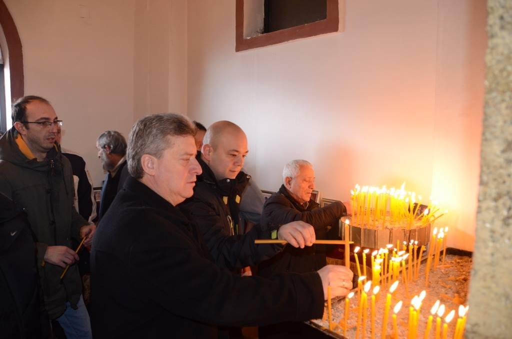 Иванов на литургија за Свети Атанасиј