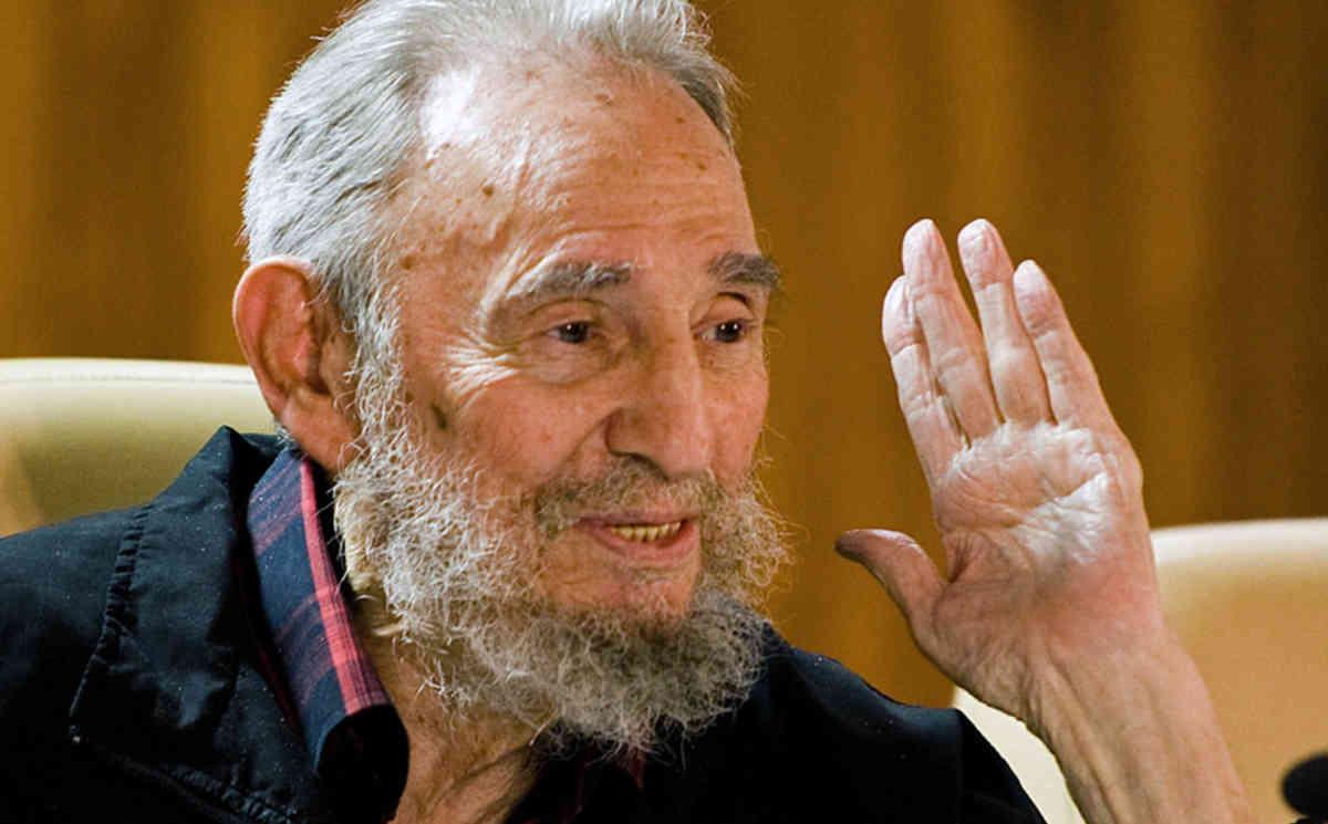 Кастро: Франциск и Кирил поттикнаа надеж