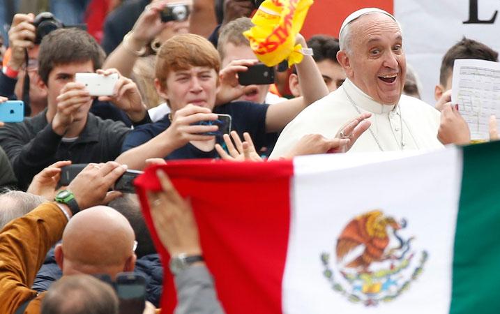 """Папата во Mексико порача """"НЕ"""" на дрогата и шверцот"""