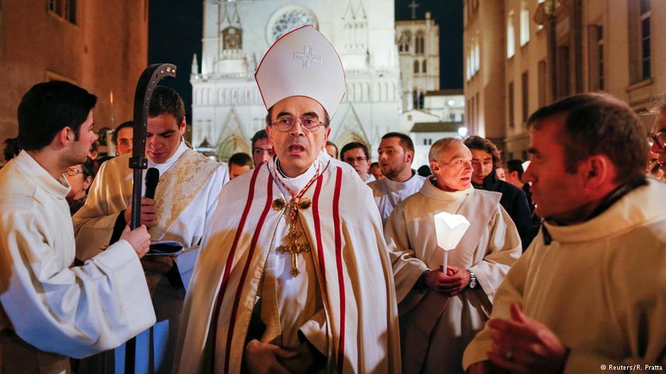 Истрага за педофилија во католичката црква во Лион