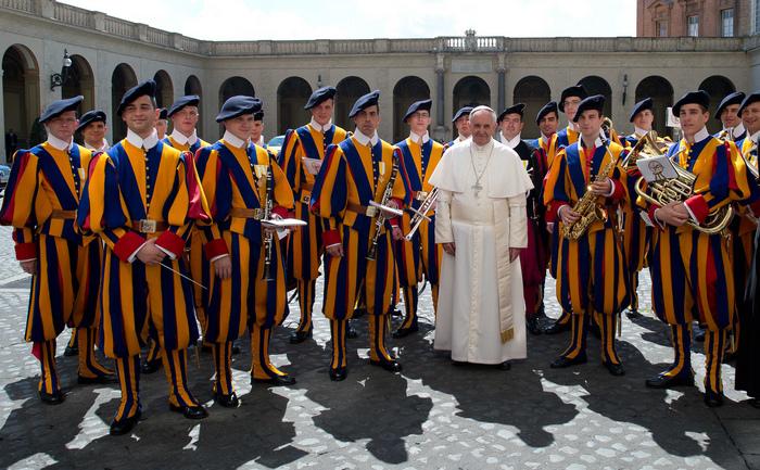 Франциск за три години создаде нов поглед од и кон Ватикан