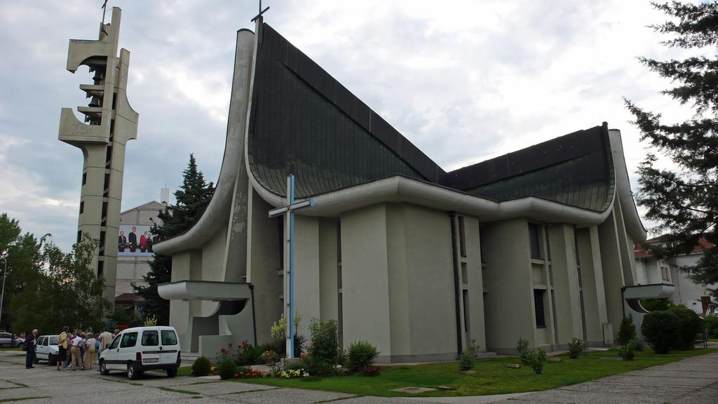 Литургија за светото миро во Католичката црква во Скопје