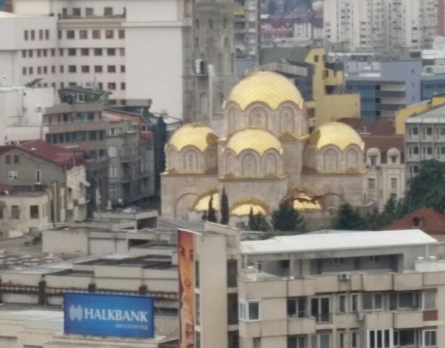"Куполите на црквата ""Св. Константин и Елена"" блеснаа во злато"