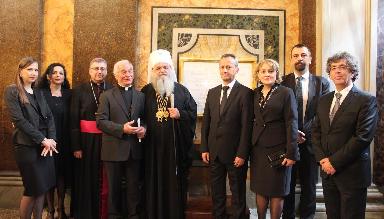 Вељаноски повторно го покани Папата да дојде во Македонија