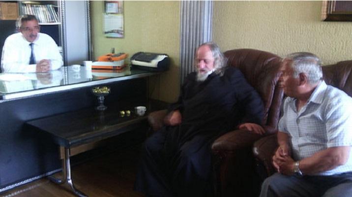 Дебарските верски старешини по патот на соживотот