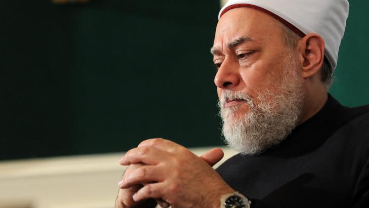 Обид за атентат врз поранешниот главен муфтија на Египет