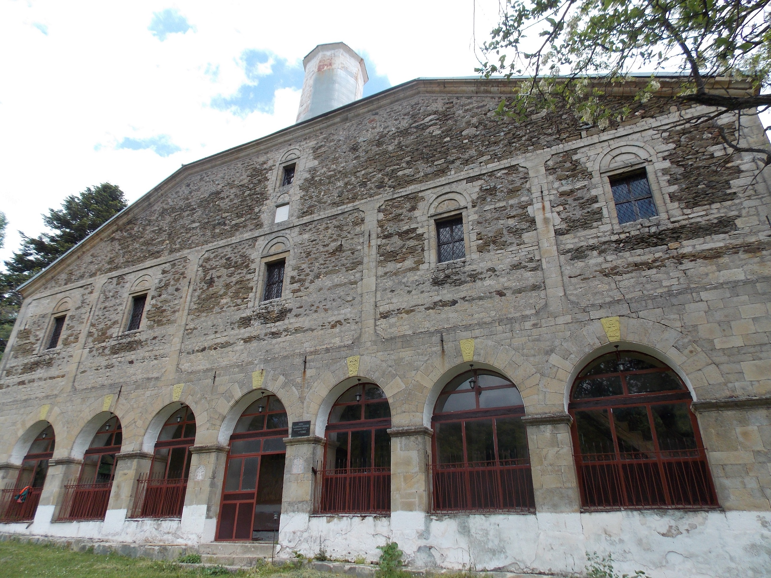 СДК: Се распаѓа црквата во Гопеш стара 145 години
