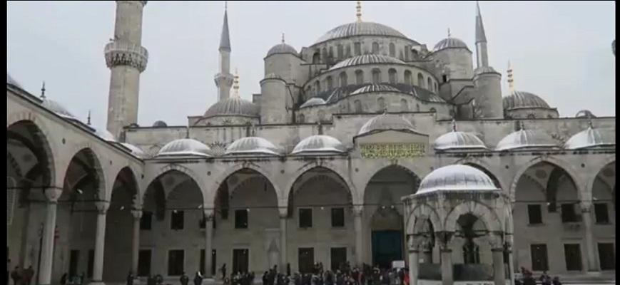 Тероризмот го уништува туризмот во Турција