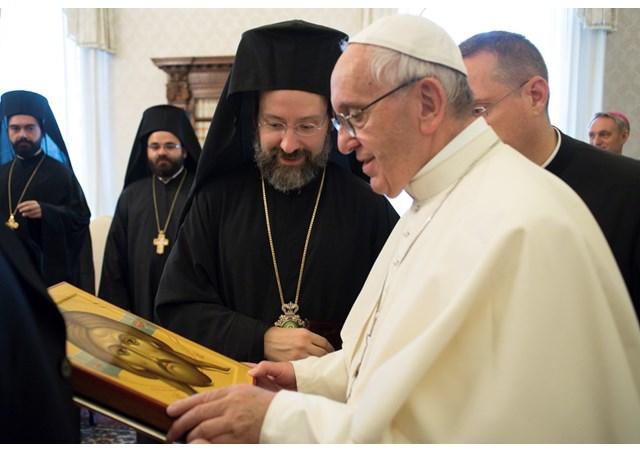 Ватикан и Цариград одбележаа 50 години од возобновувањето на комуникацијата