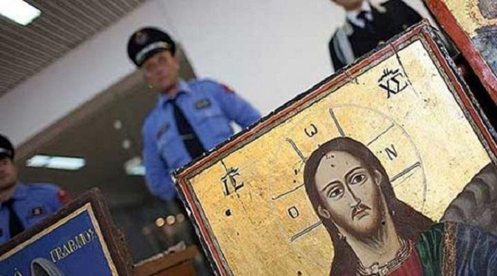 Албанија бара уште докази за да ги врати украдените икони од Македонија
