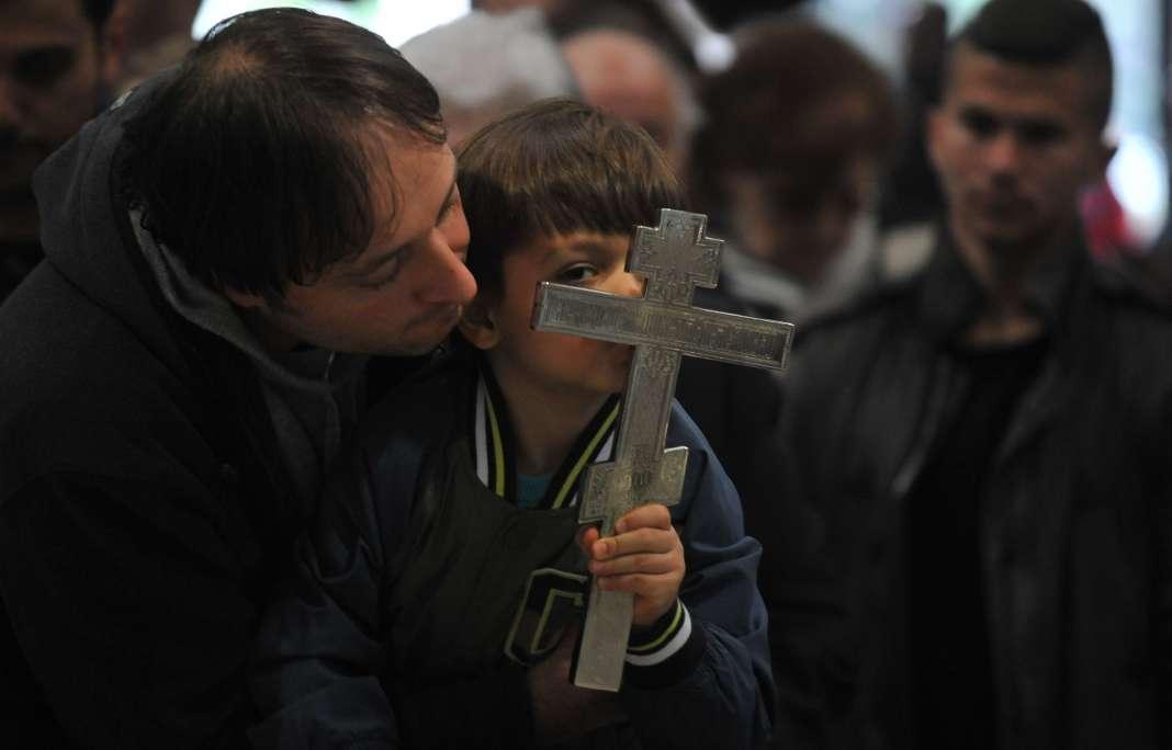 Какво е влијанието на религијата во македонското општество