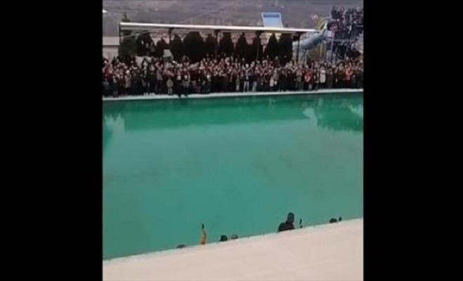 """""""Исчезна"""" крстот во базен во Пробиштип – по 40 минути потрага попот фрли втор"""