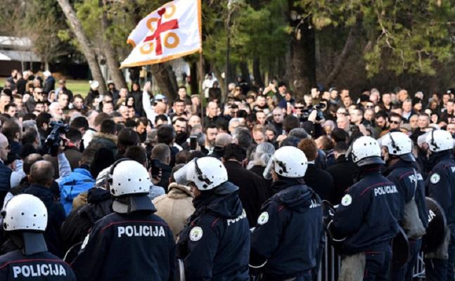 Руското разузнавање дејствува преку српскиот митрополит во Црна Гора Амфилохиј
