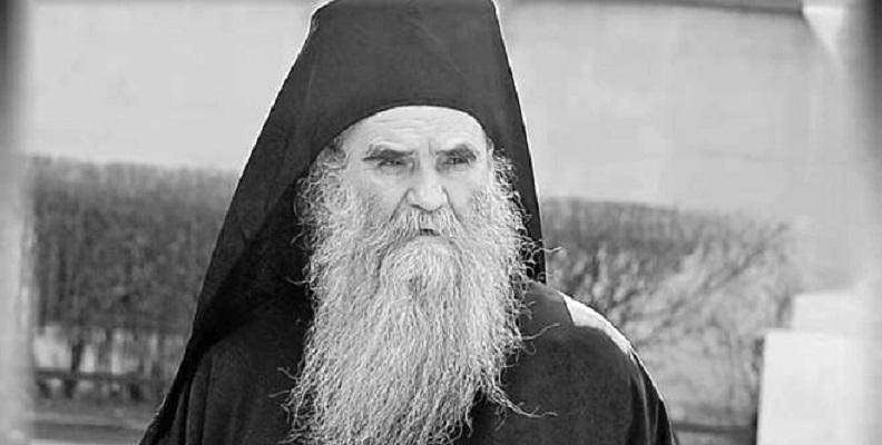 Утрово почина Митрополитот Амфилохије
