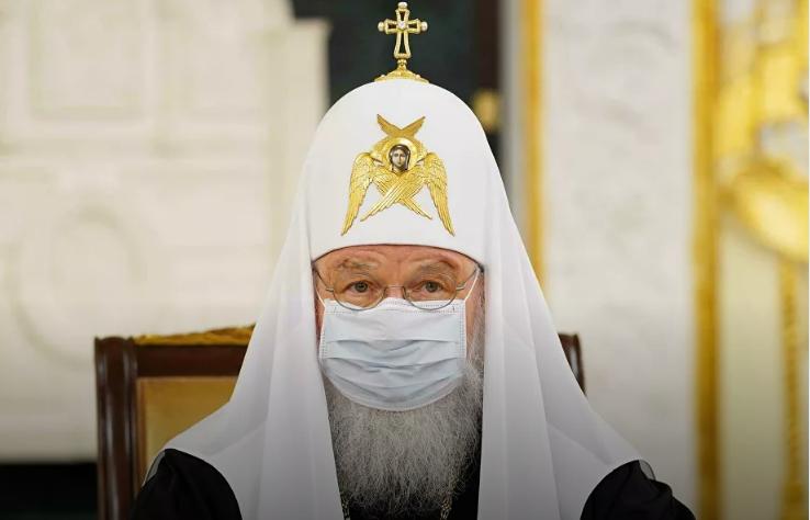 Рускиот патријарх се вакцинирал од Корона